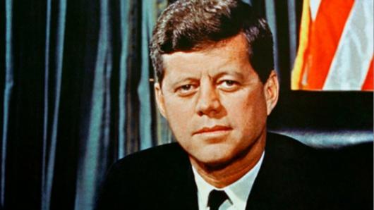Trump desclasifica archivos sobre asesinato de John F. Kennedy