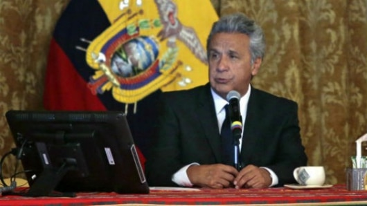 Presidente de Ecuador expresa deseo de que Venezuela alcance la paz