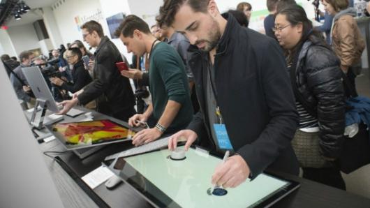 Windows entra a carrera de la realidad aumentada y 3D