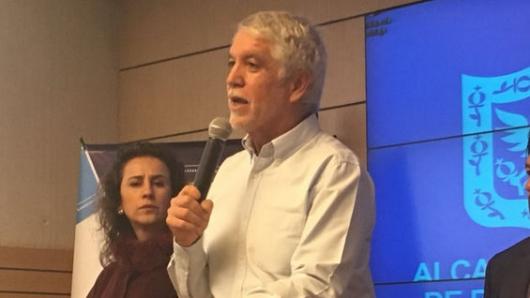 Frenan revocatoria de mandato de Enrique Peñalosa