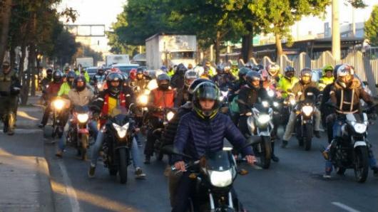 Rechazo generalizado a medida de parrillero de moto en Bogotá