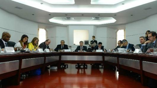Comisiones del Gobierno colombiano buscarán poner fin a paros cívicos