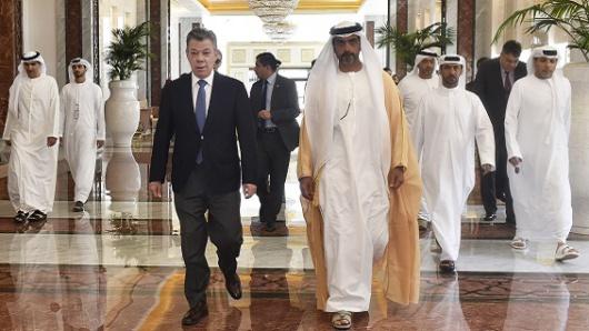Santos viajó a los Emiratos Árabes a fortalecer el intercambio comercial