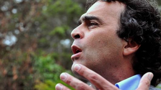 Contraloría embarga dos bienes de Sergio Fajardo