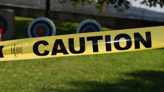 Mueren policía y sospechoso tras tiroteo que dejó cuatro heridos en Colorado