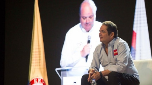 Vargas Lleras desempolvó a Cambio Radical