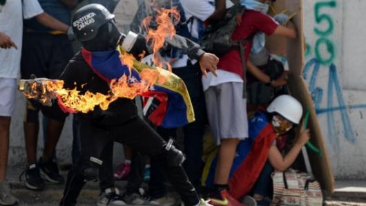 CEV pide a Maduro retirar la Constituyente