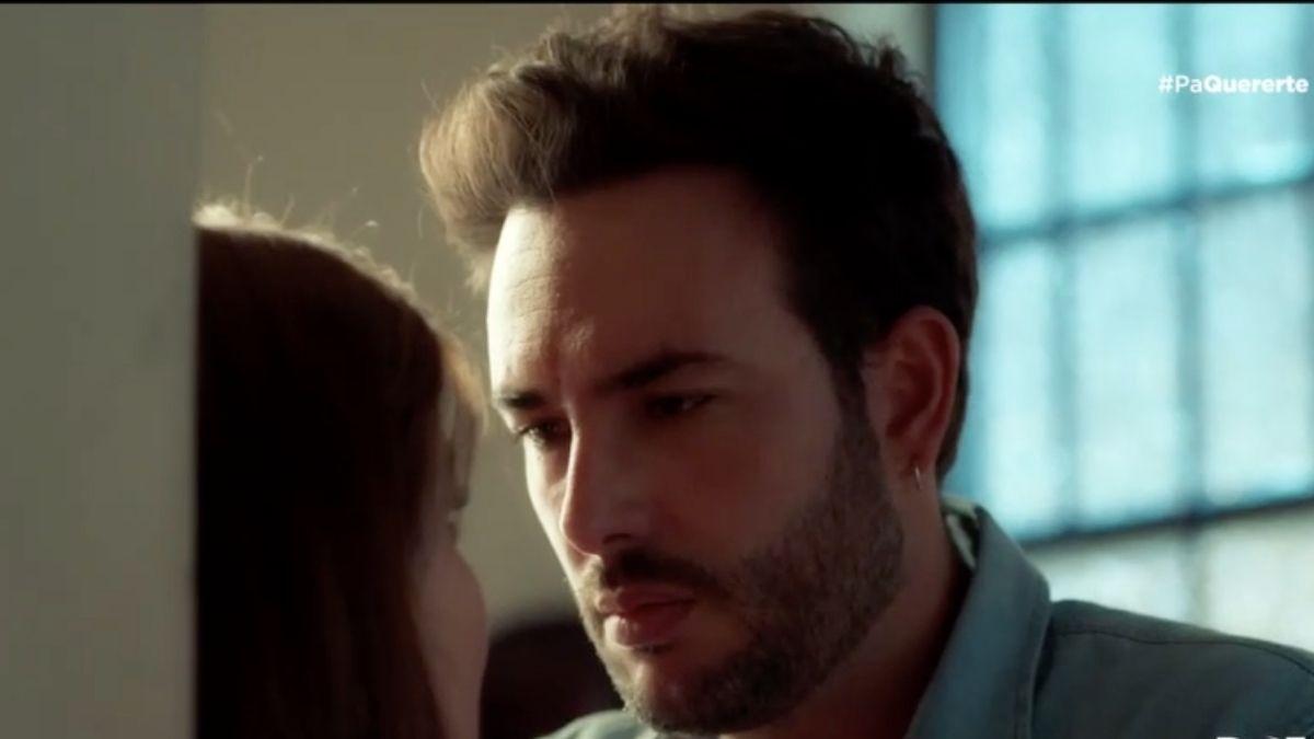 Mauricio le confiesa a Dany que está enamorado de ella