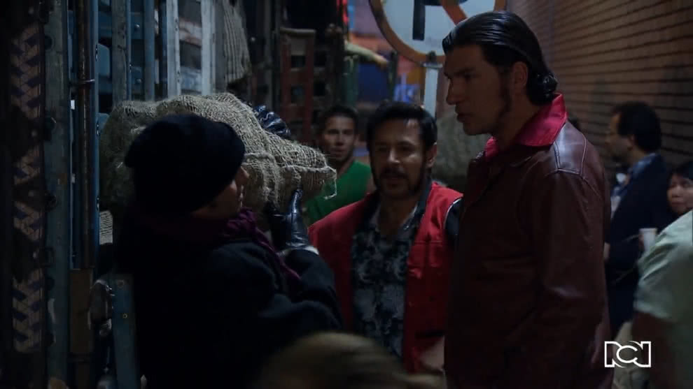 Pobres Rico | Capítulo 13 | Gonzalo empieza a trabajar en la plaza de mercado