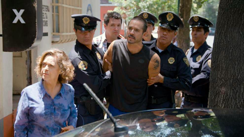 Ringo es arrestado por supuesta agresión contra Gloria