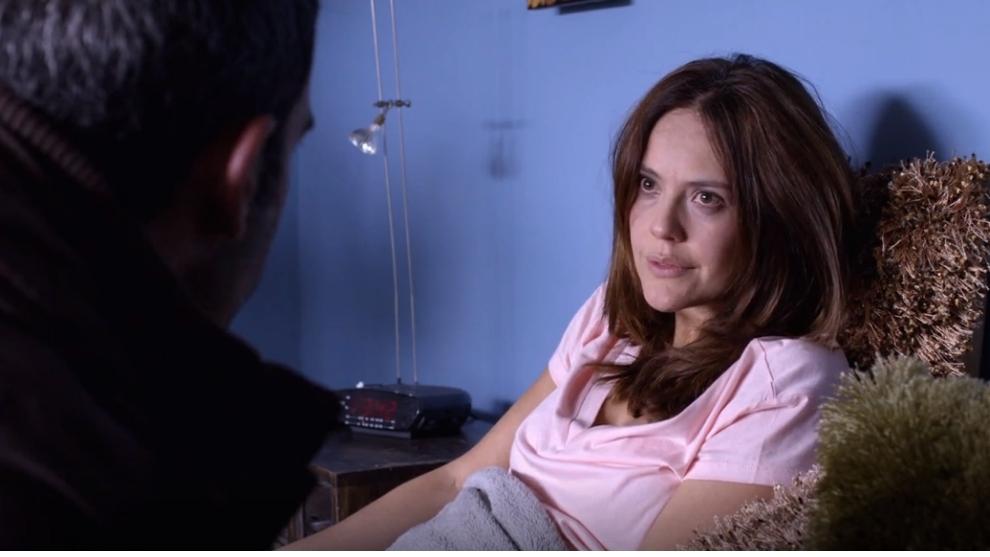 Susana y Miguel se dan un beso