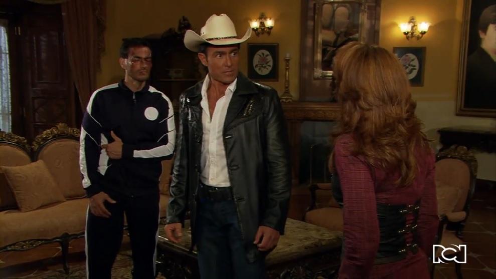 Soy tu dueña | Capítulo 80 | José Miguel ve a Alonso en casa de Valentina