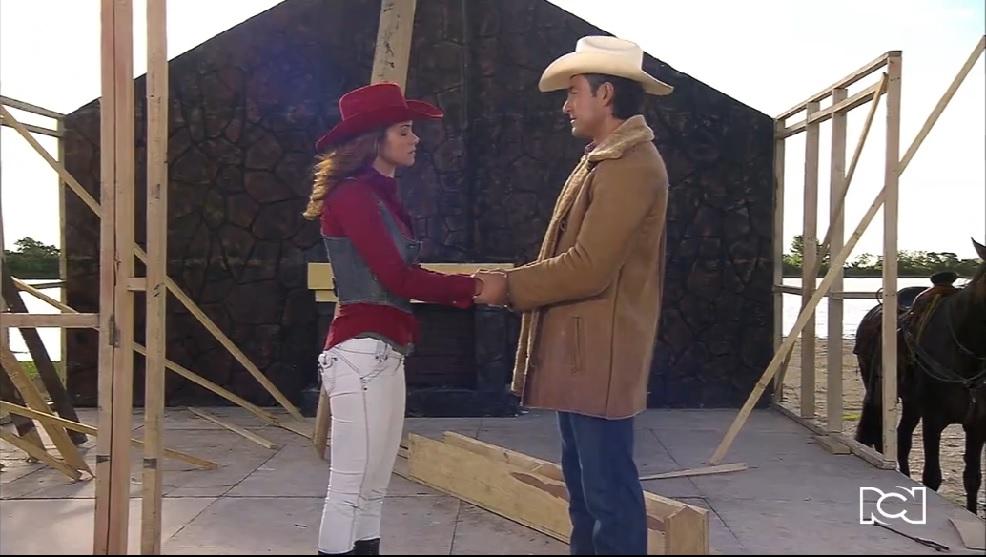 Soy tu dueña | Capítulo 85 | Valentina y José Miguel se reconcilian