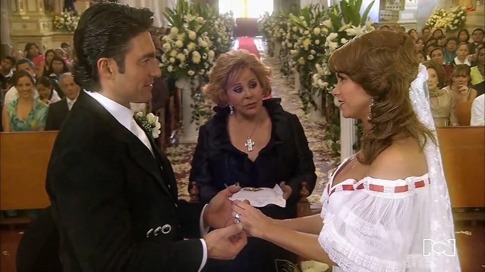 Soy tu dueña | Capítulo 99 | Valentina y José Miguel logran ser felices