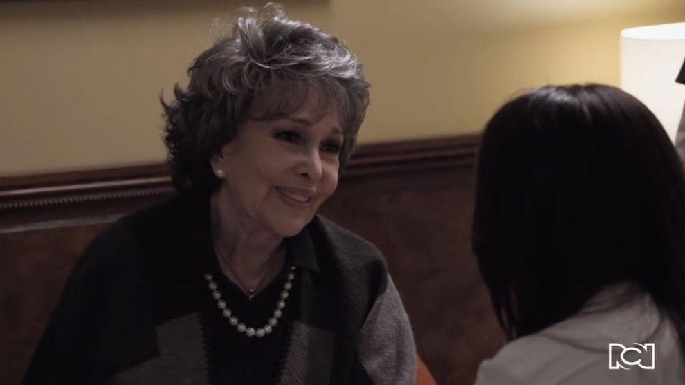 Te doy la vida | Capítulo 12 | Elena conoce a la mamá de Ernesto