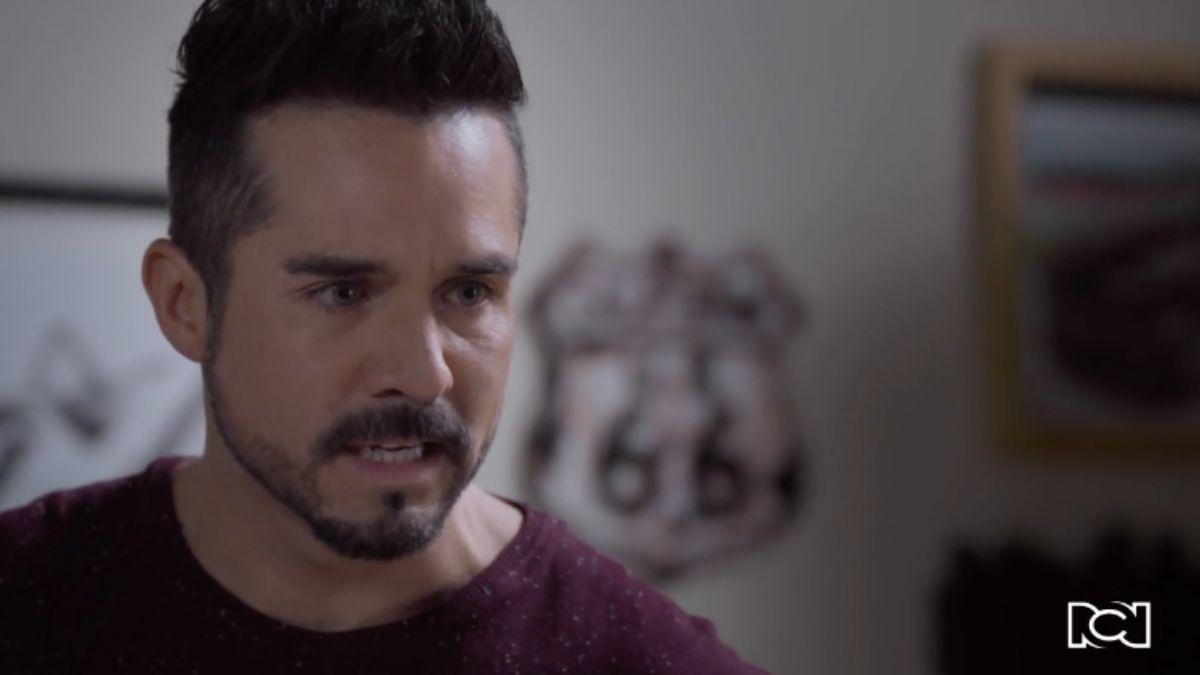Gina le cuenta la verdad a Pedro