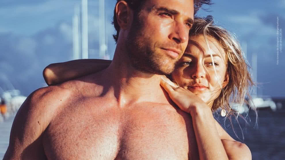 La feliz pareja Angelique Boyer y Sebastián Rulli