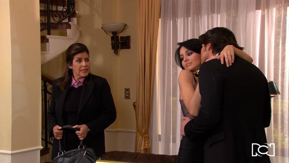 Teresa le pone una trampa a Oriana