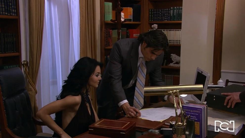 Teresa se convierte en la apoderada de Fernando