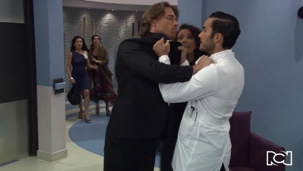 Arturo y Mariano se enfrentan por el amor de Teresa