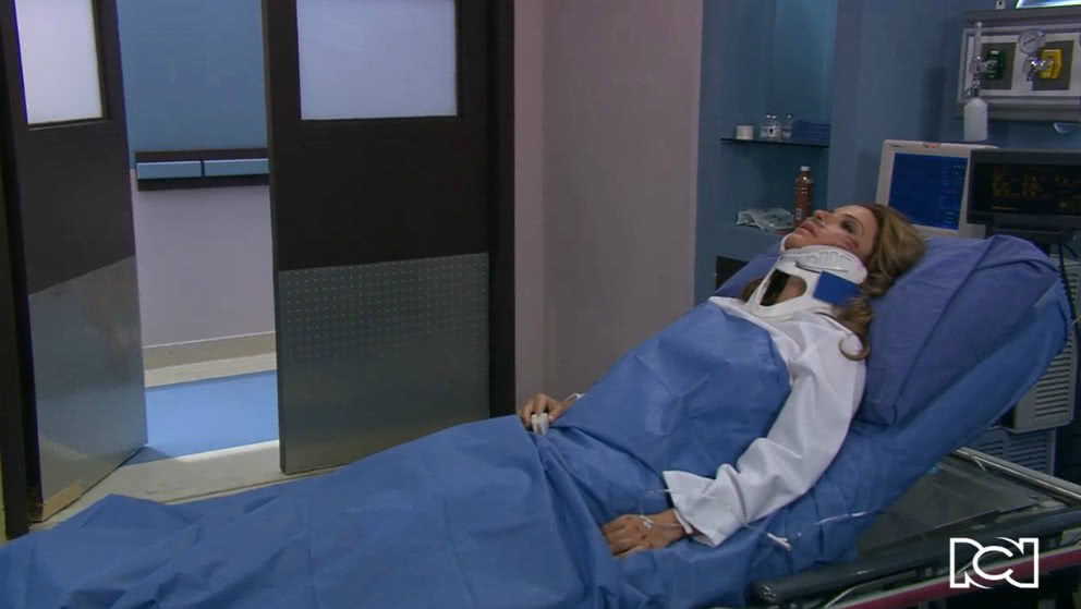 Paloma sufre un grave accidente y muere