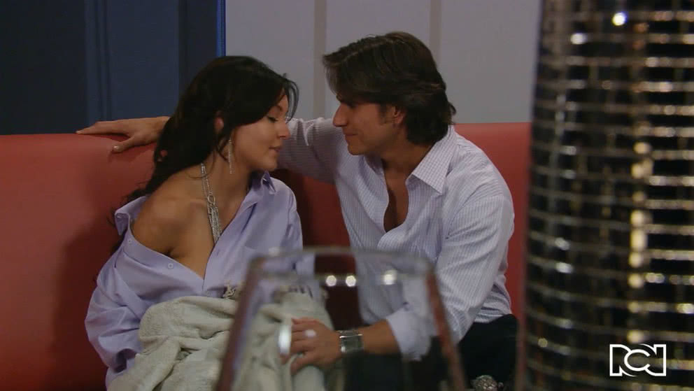 Teresa seduce a Fernando