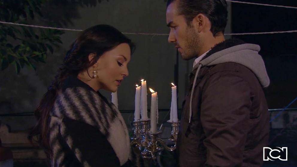 Teresa busca a Mariano