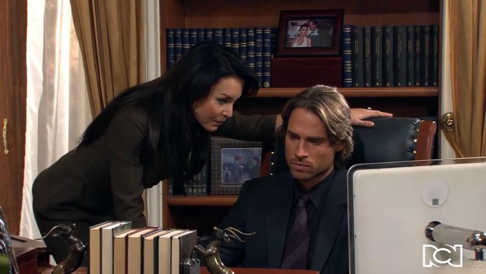 Teresa convence a Arturo de no defender a Rubén