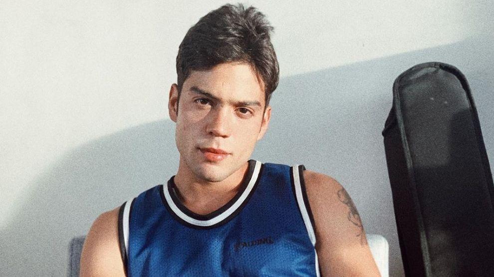Él es el bellísimo actor que interpreta a Leonardo Cárdenas en 'Tormenta de Amor'