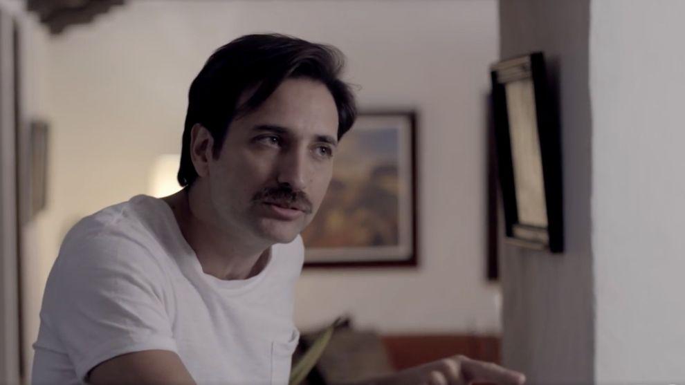 Jorge se da cuenta que Raúl le envió un mensaje a Diana