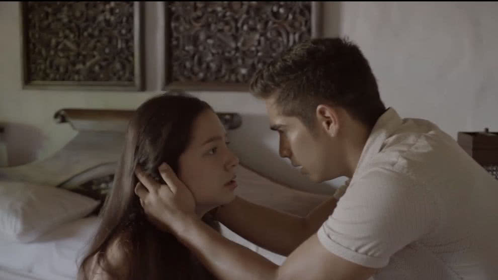 Junior le promete a Zully que la va a ayudar a escapar