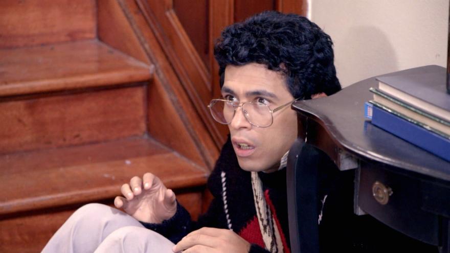 Jaime Garzón busca la manera de ayudar a Villegas en su secuestro