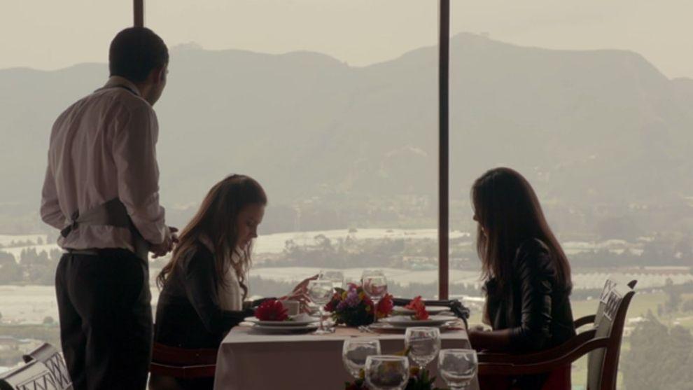 Capítulo 14 de febrero – Sofía le cuenta a Claudia que Ramiro es el padre de su hijo | Anónima