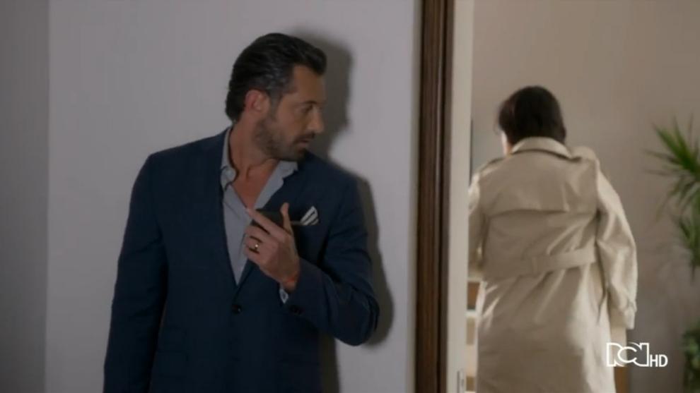 Gabriela planea estafar a Damián