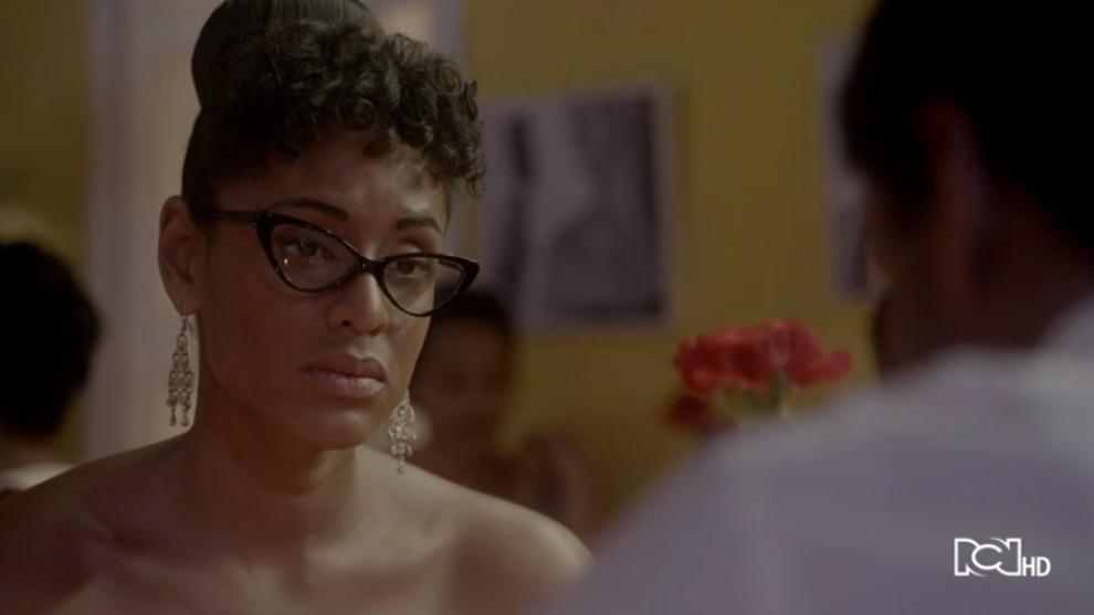 Celia trata de convencer a Pedro Knight | Celia