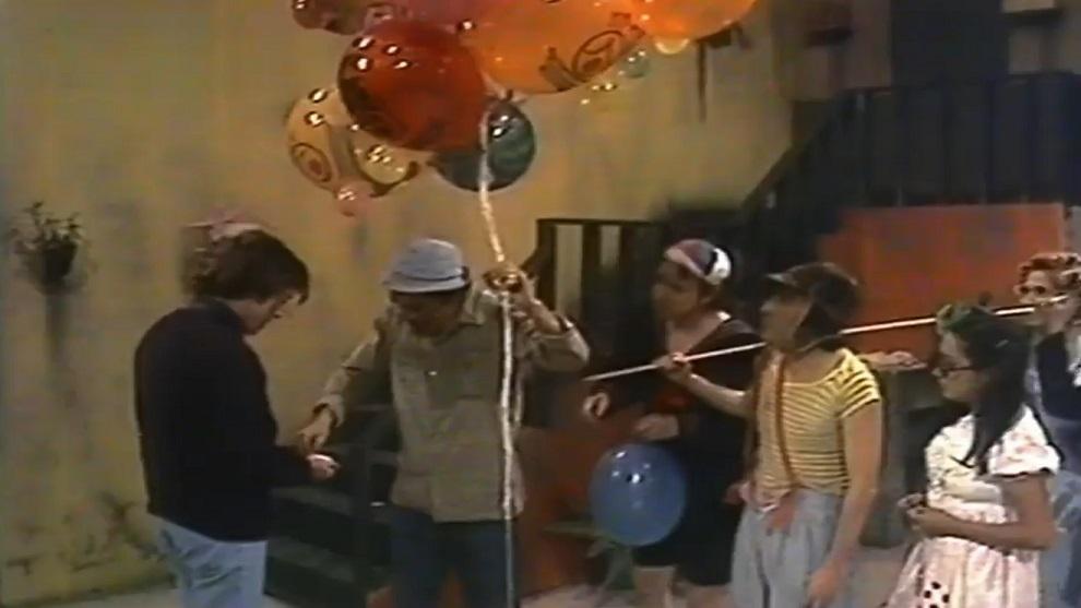 El Chavo del 8 - Reventón de globos