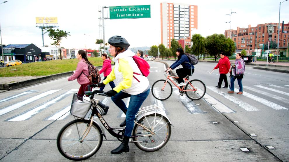 10 reglas básicas que debes conocer para montar en bicicleta