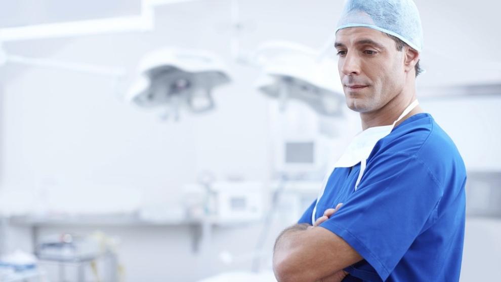 Negligencia médica: qué es y cómo actuar frente a un mal procedimiento