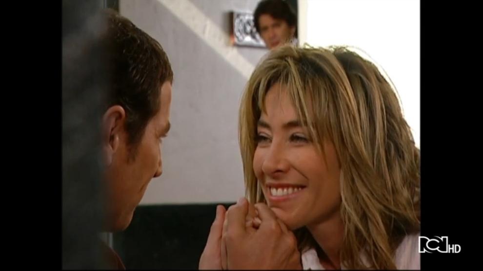 Hasta que la plata nos separe | Capítulo 83 | Rafael descubre a Alejandra en una cita