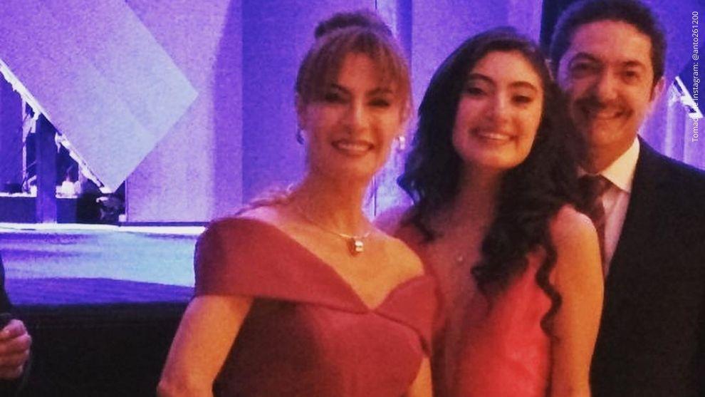 Katherine Vélez, Ernesto Benjumea y Antonia Benjumea.