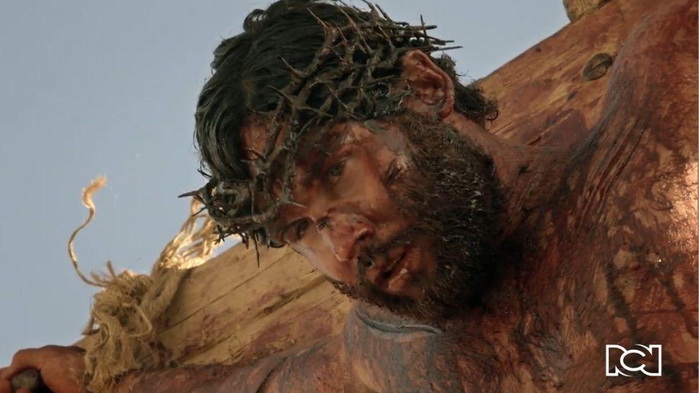 Jesús | Capítulo 89 | El mesías muere crucificado