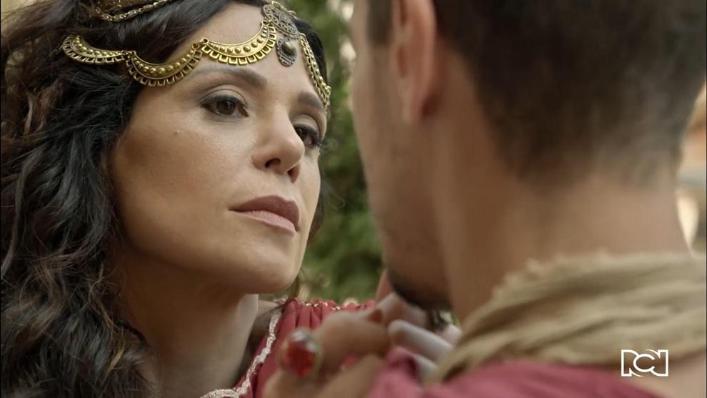 Herodías le coquetea a Longino