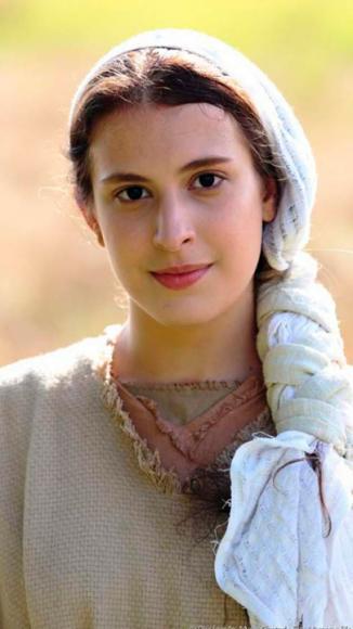 Victoria Pozzan como Mirian