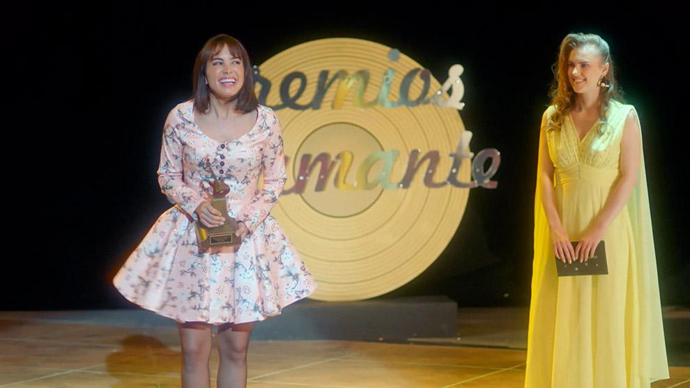 la-guzman-capitulos-alejandra-gana-premio-artista-revelacion