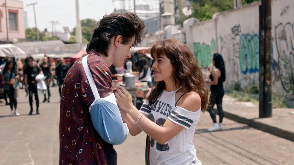 Hannah y Luis Enrique se hacen novios