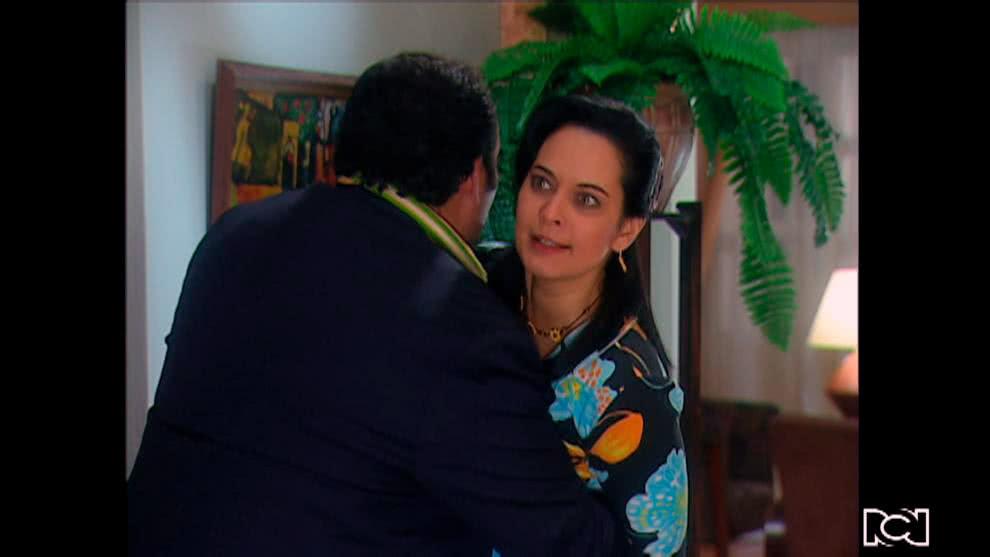 Yoli discute con Natalia