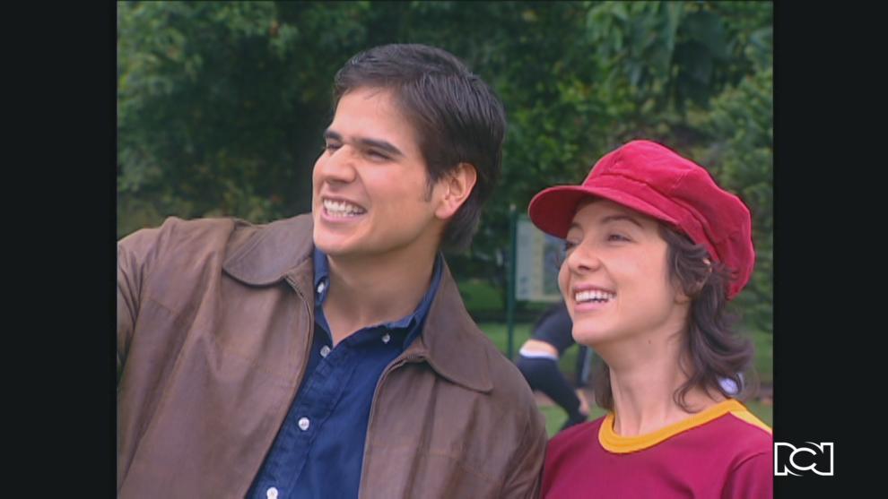 Capítulo 77 | Hilda y Santi formalizan su relación