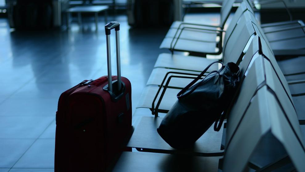 ¿Qué características diferencian a un viajero de un inmigrante?