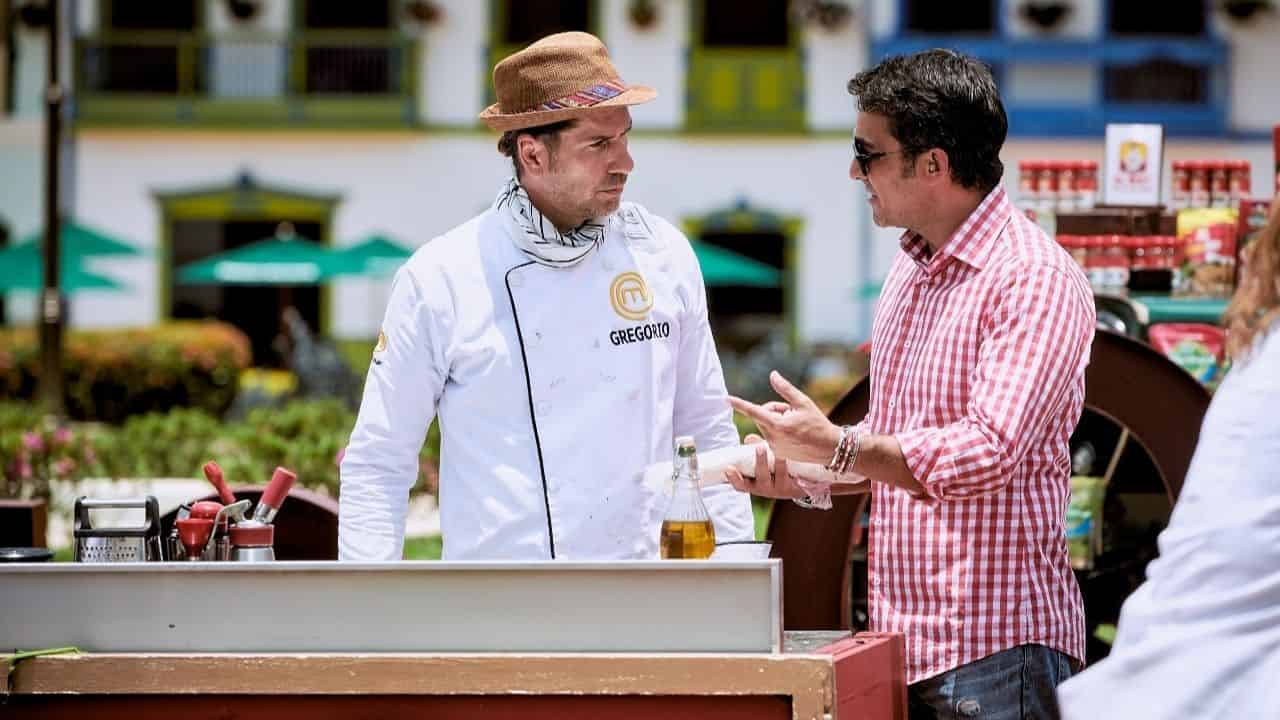 MasterChef Celebrity: Gregorio se gana regaño por ayudarle a Frank