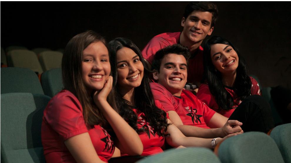NOOBees una serie con talento latinoamericano